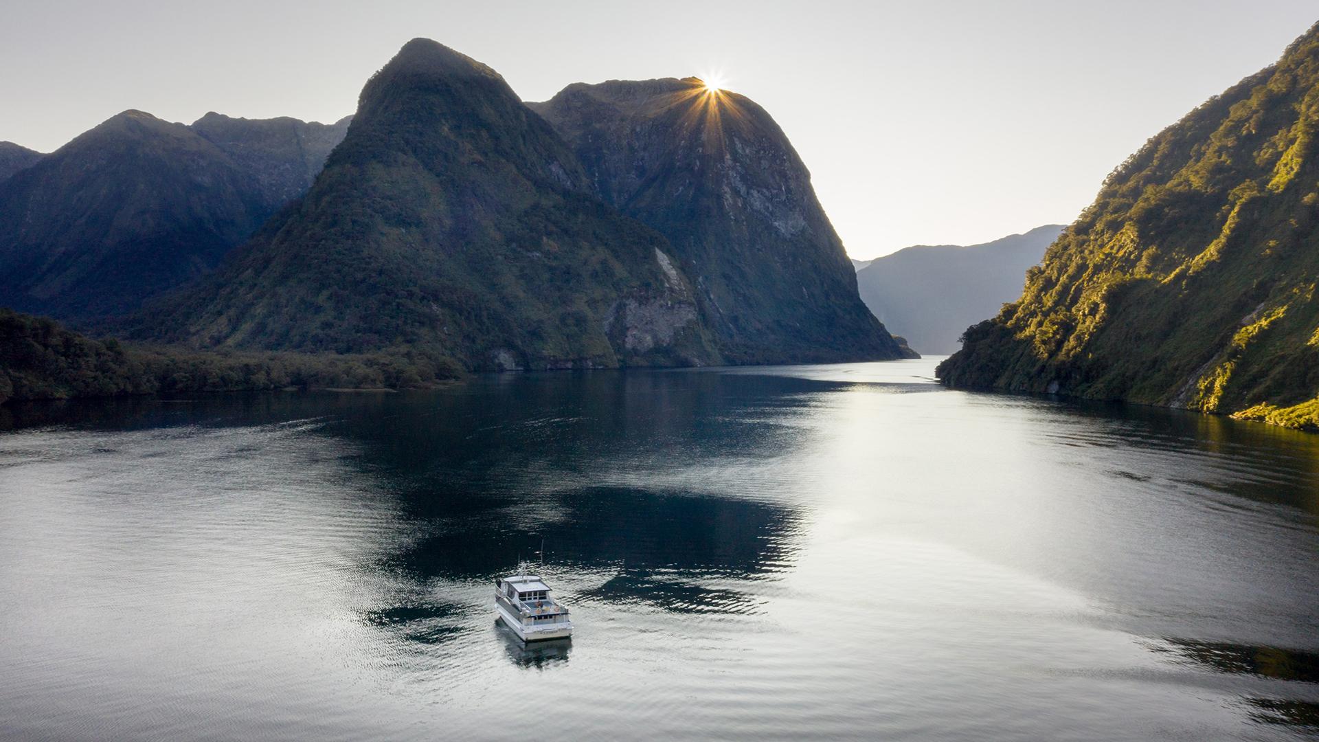 Doubtful Sound, Radfords on the Lake